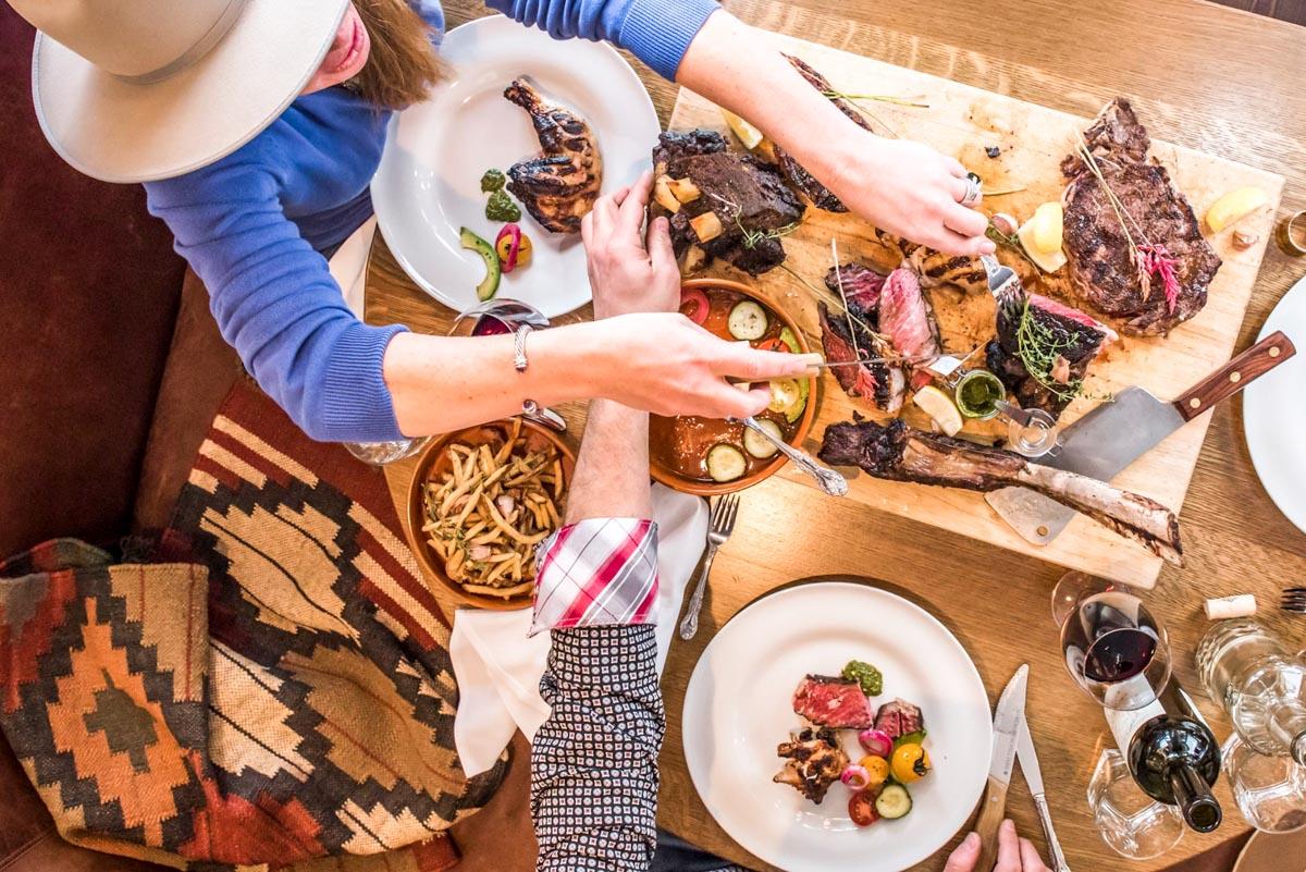 バンフのChuck's Steak Houseのステーキは、味も見ためも最高レベル!