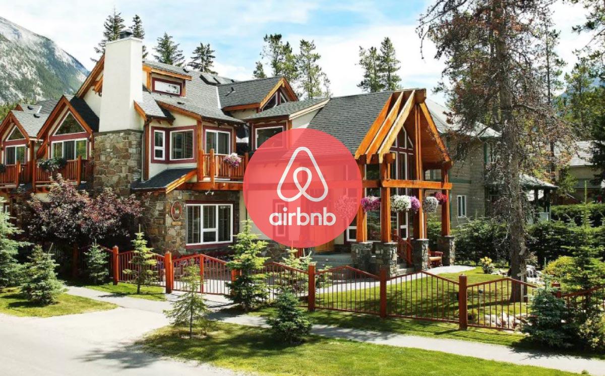 【格安】バンフのホテルが満室?Airbnb(エアビーアンドビー)で民泊という選択肢があります。【割引きクーポンあり】