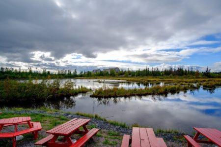 オーロラビレッジ 夏 観光スポット グレートスレーブ湖