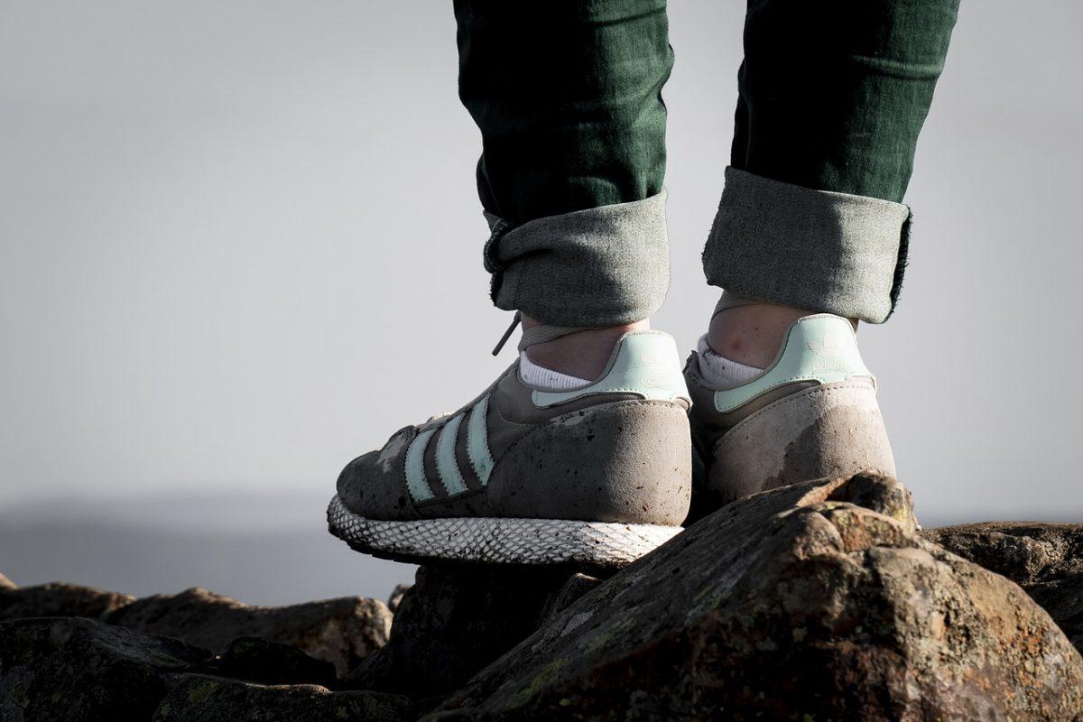 トンネルマウンテン ハイキング 靴